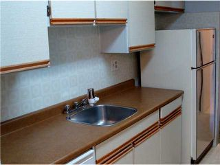 "Photo 9: 320 8880 NO 1 Road in Richmond: Boyd Park Condo for sale in ""APLLE GREENE"" : MLS®# V898589"
