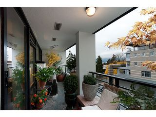 """Photo 6: 406 5958 IONA Drive in Vancouver: University VW Condo for sale in """"ARGYLL HOUSE EAST."""" (Vancouver West)  : MLS®# V918526"""