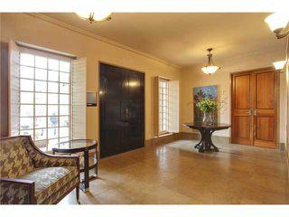 Photo 2: 4219 BRITANNIA Drive SW in CALGARY: Britannia House for sale (Calgary)  : MLS®# C3518218