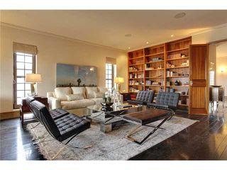 Photo 3: 4219 BRITANNIA Drive SW in CALGARY: Britannia House for sale (Calgary)  : MLS®# C3518218