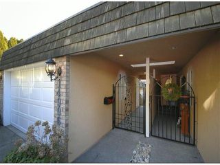 "Photo 2: 14996 BEACHVIEW Avenue: White Rock House for sale in ""WHITE ROCK HILLSIDE"" (South Surrey White Rock)  : MLS®# F1402160"