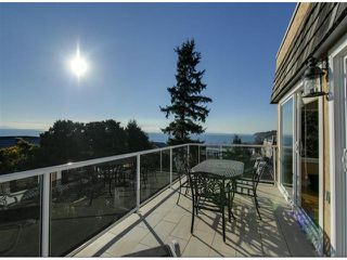 "Photo 5: 14996 BEACHVIEW Avenue: White Rock House for sale in ""WHITE ROCK HILLSIDE"" (South Surrey White Rock)  : MLS®# F1402160"