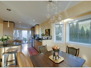"Photo 8: 14996 BEACHVIEW Avenue: White Rock House for sale in ""WHITE ROCK HILLSIDE"" (South Surrey White Rock)  : MLS®# F1402160"