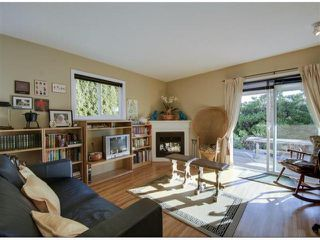 "Photo 15: 14996 BEACHVIEW Avenue: White Rock House for sale in ""WHITE ROCK HILLSIDE"" (South Surrey White Rock)  : MLS®# F1402160"