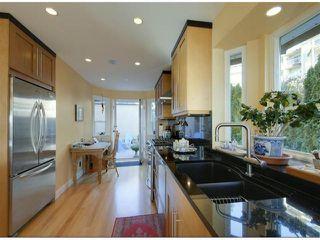 "Photo 9: 14996 BEACHVIEW Avenue: White Rock House for sale in ""WHITE ROCK HILLSIDE"" (South Surrey White Rock)  : MLS®# F1402160"