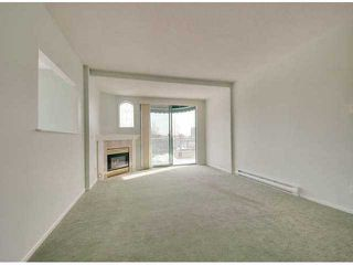 """Photo 3: 302 1725 MARTIN Drive in Surrey: Sunnyside Park Surrey Condo for sale in """"Southwynd"""" (South Surrey White Rock)  : MLS®# F1404627"""