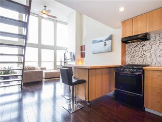 "Photo 7: PH3 933 SEYMOUR Street in Vancouver: Downtown VW Condo for sale in ""THE SPOT"" (Vancouver West)  : MLS®# V1094972"