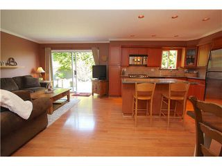 """Photo 8: 139 1685 PINETREE Way in Coquitlam: Westwood Plateau Townhouse for sale in """"THE WILTSHIRE"""" : MLS®# V1121776"""
