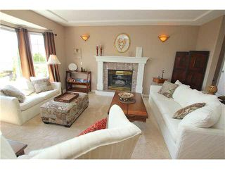 """Photo 4: 139 1685 PINETREE Way in Coquitlam: Westwood Plateau Townhouse for sale in """"THE WILTSHIRE"""" : MLS®# V1121776"""