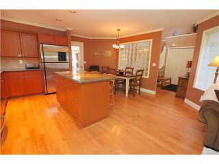 """Photo 10: 139 1685 PINETREE Way in Coquitlam: Westwood Plateau Townhouse for sale in """"THE WILTSHIRE"""" : MLS®# V1121776"""