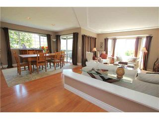 """Photo 3: 139 1685 PINETREE Way in Coquitlam: Westwood Plateau Townhouse for sale in """"THE WILTSHIRE"""" : MLS®# V1121776"""