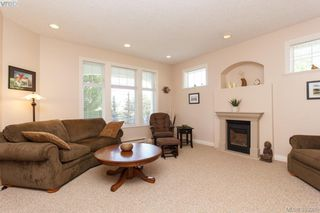 Photo 3: SIDNEY TOWNHOME FOR SALE: 2 BEDROOMS + 2 BATHROOMS = SIDNEY REAL ESTATE FOR SALE.