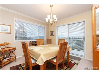 Photo 5: 401 2354 Brethour Ave in SIDNEY: Si Sidney North-East Condo for sale (Sidney)  : MLS®# 719565
