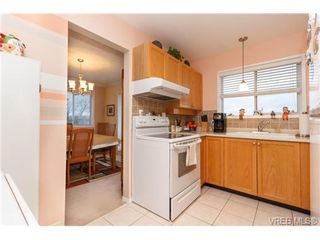 Photo 7: 401 2354 Brethour Ave in SIDNEY: Si Sidney North-East Condo for sale (Sidney)  : MLS®# 719565