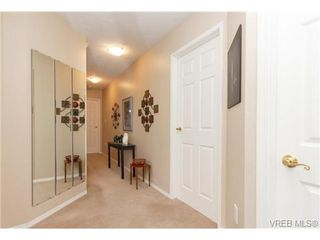 Photo 2: 401 2354 Brethour Ave in SIDNEY: Si Sidney North-East Condo Apartment for sale (Sidney)  : MLS®# 719565
