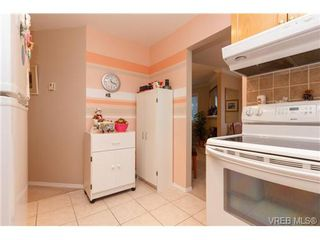 Photo 9: 401 2354 Brethour Ave in SIDNEY: Si Sidney North-East Condo Apartment for sale (Sidney)  : MLS®# 719565