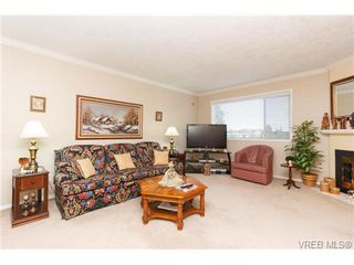 Photo 4: 401 2354 Brethour Ave in SIDNEY: Si Sidney North-East Condo for sale (Sidney)  : MLS®# 719565