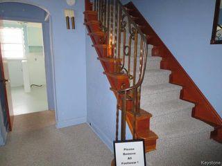 Photo 2: 787 Inkster Boulevard in WINNIPEG: West Kildonan / Garden City Residential for sale (North West Winnipeg)  : MLS®# 1602347