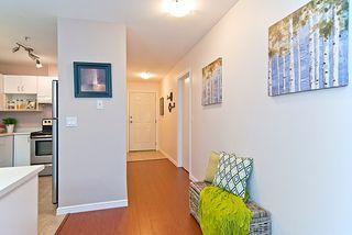"Photo 7: 402 2983 CAMBRIDGE Street in Port Coquitlam: Glenwood PQ Condo for sale in ""CAMBRIDGE GARDENS"" : MLS®# R2036196"