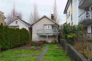"Photo 11: 1546 E 3RD Avenue in Vancouver: Grandview VE House for sale in ""COMMERCIAL DRIVE"" (Vancouver East)  : MLS®# R2037642"