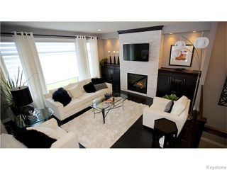 Photo 2: 12 DOVETAIL Crescent in Oak Bluff: RM of MacDonald Residential for sale (R08)  : MLS®# 1612783