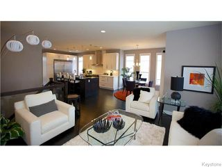 Photo 3: 12 DOVETAIL Crescent in Oak Bluff: RM of MacDonald Residential for sale (R08)  : MLS®# 1612783