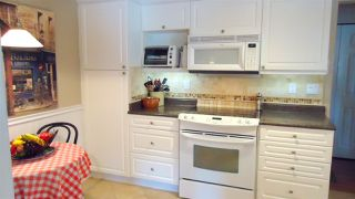 Photo 6: 101 1466 PEMBERTON Avenue in Squamish: Downtown SQ Condo for sale : MLS®# R2072860