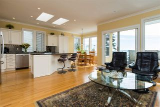 Photo 12: 14851 PROSPECT Avenue: White Rock House for sale (South Surrey White Rock)  : MLS®# R2112178