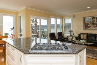 Photo 10: 14851 PROSPECT Avenue: White Rock House for sale (South Surrey White Rock)  : MLS®# R2112178