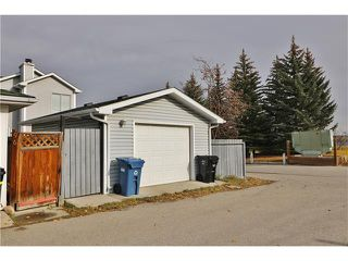 Photo 26: 100 RIVER ROCK Circle SE in Calgary: Riverbend House for sale : MLS®# C4088178