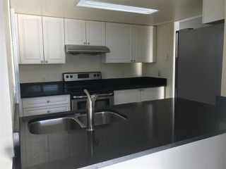 Photo 2: 305 1519 GRANT Avenue in Port Coquitlam: Glenwood PQ Condo for sale : MLS®# R2126377