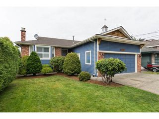 Photo 1: 5383 Westminster Avenue in Ladner: Home for sale : MLS®# R2079910