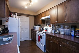 "Photo 5: 107 33960 OLD YALE Road in Abbotsford: Central Abbotsford Condo for sale in ""Old Yale Heights"" : MLS®# R2130106"