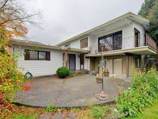 Photo 1: 5398 SPRINGDALE Court in Burnaby: Parkcrest House for sale (Burnaby North)  : MLS®# R2131829
