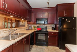 """Photo 8: 211 15282 19TH Avenue in Surrey: King George Corridor Condo for sale in """"Park View Terrace"""" (South Surrey White Rock)  : MLS®# R2132477"""