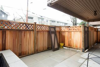 "Photo 4: 101 1750 W 10TH Avenue in Vancouver: Fairview VW Condo for sale in ""REGENCY HOUSE"" (Vancouver West)  : MLS®# R2158640"