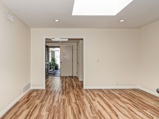 Photo 4: LA JOLLA House for rent : 4 bedrooms : 5494 Coral Reef Ave