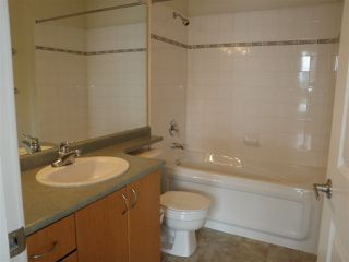 """Photo 7: 407 33485 S FRASER Way in Abbotsford: Central Abbotsford Condo for sale in """"Citadel Ridge"""" : MLS®# R2167578"""