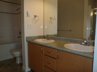 """Photo 10: 407 33485 S FRASER Way in Abbotsford: Central Abbotsford Condo for sale in """"Citadel Ridge"""" : MLS®# R2167578"""