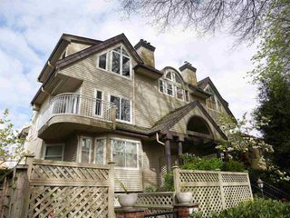 Photo 1: 1465 WALNUT Street in Vancouver: Kitsilano Townhouse for sale (Vancouver West)  : MLS®# R2170959