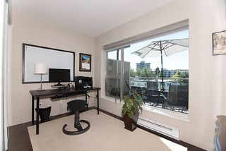 "Photo 18: PH13 1288 CHESTERFIELD Avenue in North Vancouver: Central Lonsdale Condo for sale in ""ALINA"" : MLS®# R2180670"