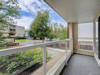 Photo 17: 203 1501 Richmond Avenue in VICTORIA: Vi Jubilee Condo Apartment for sale (Victoria)  : MLS®# 381068