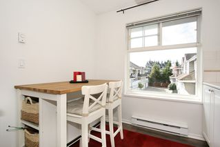 "Photo 3: 211 8976 208 Street in Langley: Walnut Grove Condo for sale in ""The Oakridge"" : MLS®# R2198683"