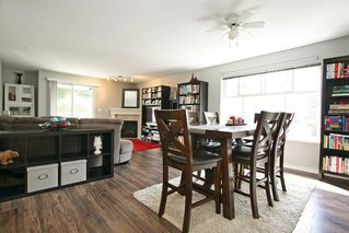 "Photo 6: 211 8976 208 Street in Langley: Walnut Grove Condo for sale in ""The Oakridge"" : MLS®# R2198683"