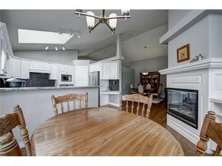 Photo 9: 438 DOUGLAS PARK VW SE in Calgary: Douglasdale/Glen House for sale : MLS®# C4117673