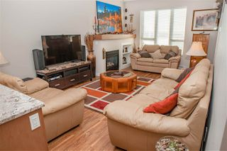 "Photo 4: 38352 EAGLEWIND Boulevard in Squamish: Downtown SQ Townhouse for sale in ""Eaglewind"" : MLS®# R2201863"