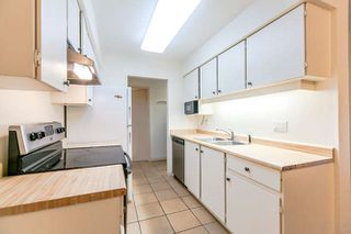 "Photo 2: 408 4373 HALIFAX Street in Burnaby: Brentwood Park Condo for sale in ""BRENT GARDENS"" (Burnaby North)  : MLS®# R2203706"
