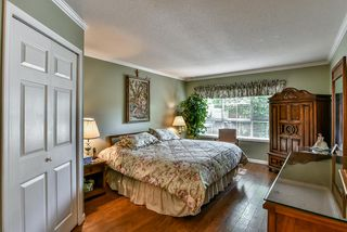"Photo 12: 14 17917 68 Avenue in Surrey: Cloverdale BC Townhouse for sale in ""Weybridge Lane"" (Cloverdale)  : MLS®# R2206095"