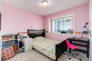 Photo 16: 4058 FOREST STREET - LISTED BY SUTTON CENTRE REALTY in Burnaby: Burnaby Hospital House 1/2 Duplex for sale (Burnaby South)  : MLS®# R2207552
