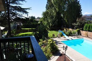 Photo 10: 20649 TYNER Avenue in Maple Ridge: Northwest Maple Ridge House for sale : MLS®# R2211946